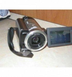 Видеокамера Sony DCR-SR60E