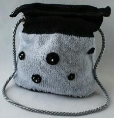 Распродажа вязаных сумочек ручной работы