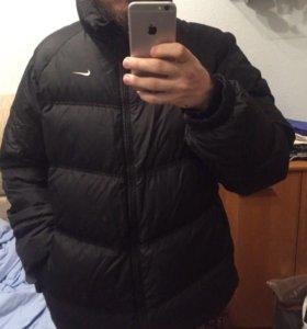 Зимний пуховик Nike