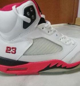 Кросовки баскетбольные ,,Jordan''