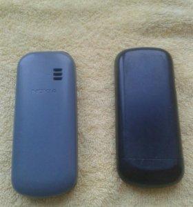 2 кнопочных телефона