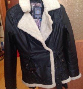 Утепленная кожзам куртка