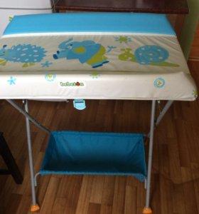 Столик пеленальный+ванночка.