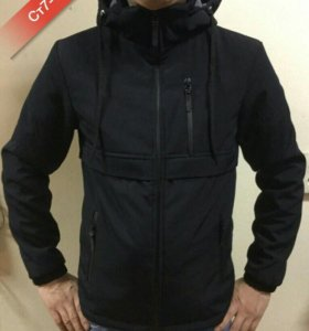 Весенняя спортивная мужская куртка