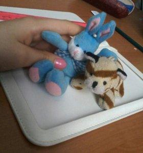 Брелки-игрушки