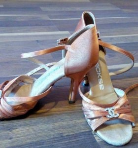 Туфли для спортивно - бальных танцев (латина)