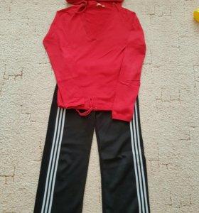 Кофточка +спортивные штаны  в подарок
