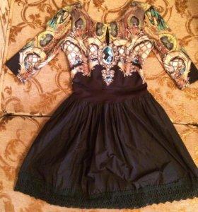 Новое, яркое платье