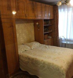 Спальный гарнитур, торг уместен