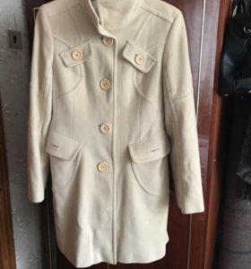 Пальто женское (осеннее)