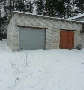 Два гаража