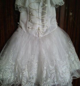 Платье торжественное