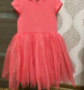 Красивое пышное платье для малышки