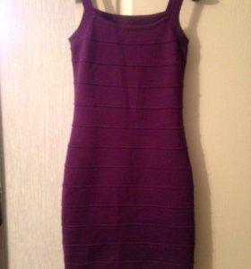 Трикотажное платье новое