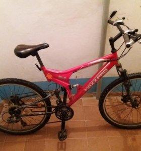 Велосипед maxxpro.