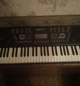 Синтезатор Denn dek 610 новая в хорошем состояние