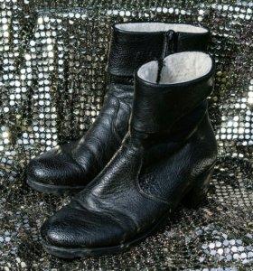 Женские ботинки Рикер