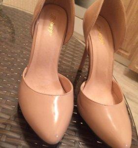 Туфли для женщин