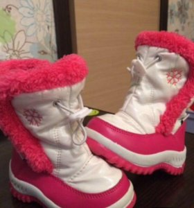 Обувь на девочку 23