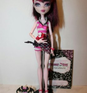 Дракулаура Monster High