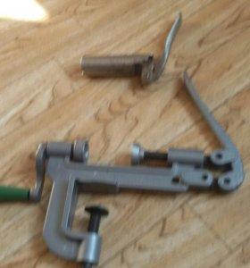 Закрутка для патронов и пыжовка капсулей 16 калибр