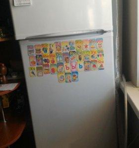 Холодильник 166*59, глубина 55