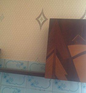 Шкафчик подвесной