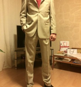 Мужской костюм,размер 46