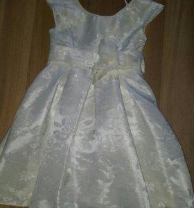 Детское платье на 5-6лет