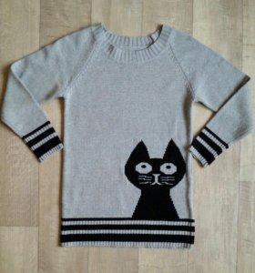 Удлиненный женский свитер