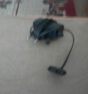 Зарядное устройства на телефон Сони эриксон