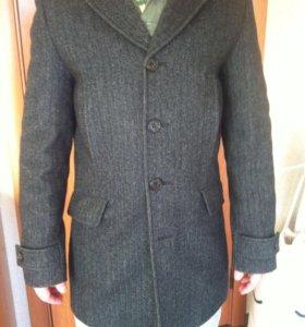 Мужское пальто 100% шерсть, 46 размер
