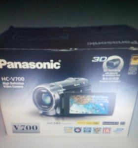 Новая видеокамера Panasonic HC-V700EE-K Black + ка