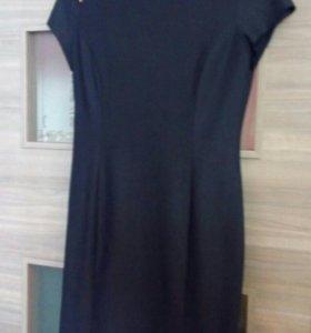 Нарядное платье 46-48рр