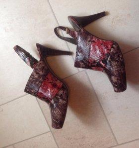 RiaRosa Эконика туфли с открытой пяткой