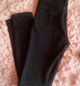Черные джинсы Больше в профиле