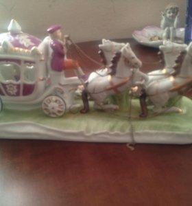 Фарфоровая колесница