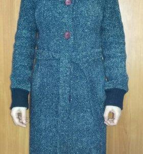 Пальто демисезонное синее 42-44размер