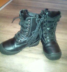 зимние ботинки для мальчика 32р.