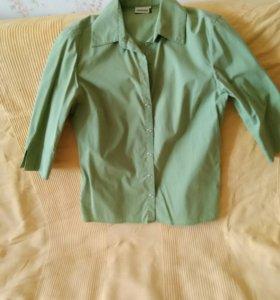 Блузка цвета хаки на кнопках
