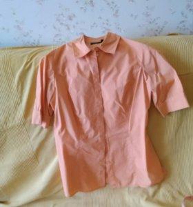Блузка на пуговицах персикового цвета