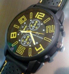 Часы хайдмейк молодежные. Черные