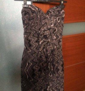 Платье фирмы GUESS