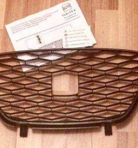 Накладка для решётки радиатора на СЕАТ Альтея и XL