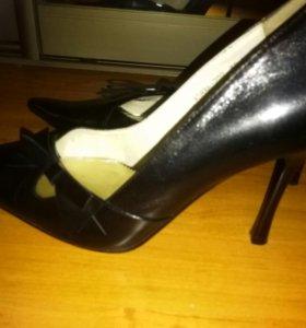 Туфли кожа новые 39 размер