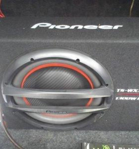 Сабуфер Pioneer  1300 ватт + усилитель