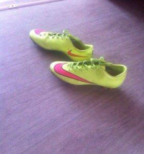 Бутсы ( Nike)