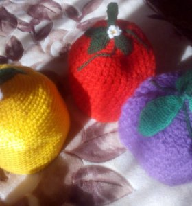 Грелка на чайник ягоды-клубника,ежевика,лимон...!!