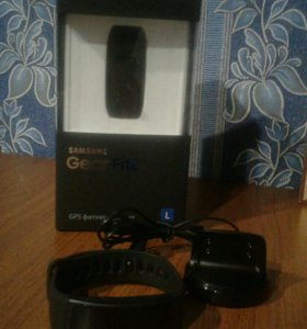 GPS фитнес-браслет Samsung Gear Fit 2