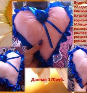 Миниатюрная декоративная подушечка